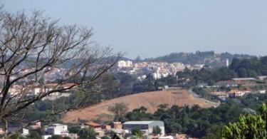Estamos assistindo a uma deterioração urbana da cidade de Cotia