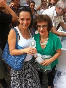 Nossa colunista Solange Viana e a artista Néle Azevedo