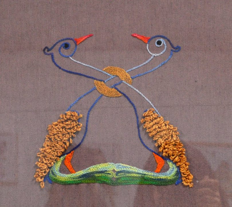Pavões - bordado Thereza Avila