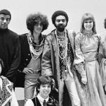 Os músicos Sérgio Dias, Arnaldo Baptista, Jorge Ben Jor, Caetano Veloso, Gilberto Gil, Rita Lee e Gal Costa - 1968