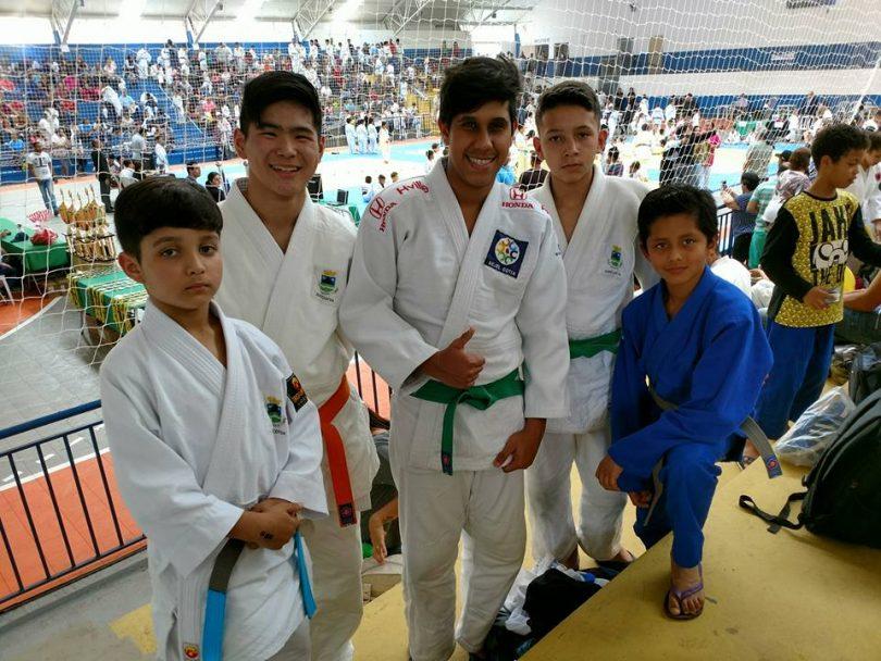 019486a30f3b0 Judocas de Cotia conquistam medalhas no 4º Torneio Aberto – Jornal d ...